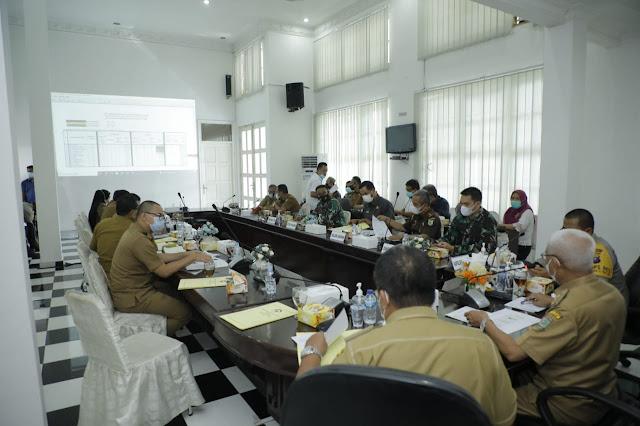 Bupati Asahan Memimpin Rapat Terkait Pembelakuan Kegiatan PPKM Level 3