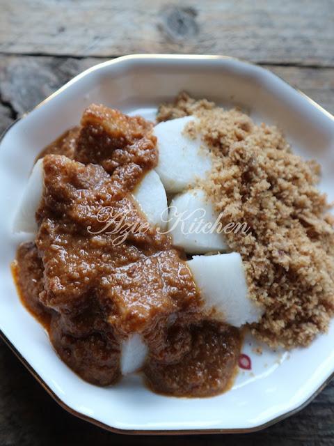 Sambal Kelapa aka Sambal Nyor Nasi Impit Kelantan