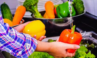 Fruits and vegetables sanitize