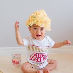 DIY Cup Noodles Baby Costume