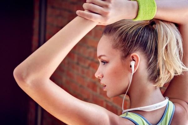 5 Earphone Bluetooth Terbaik Dan Paling Populer Tahun Ini