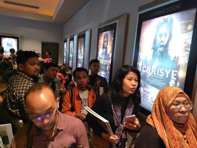 gala premiere film chrisye
