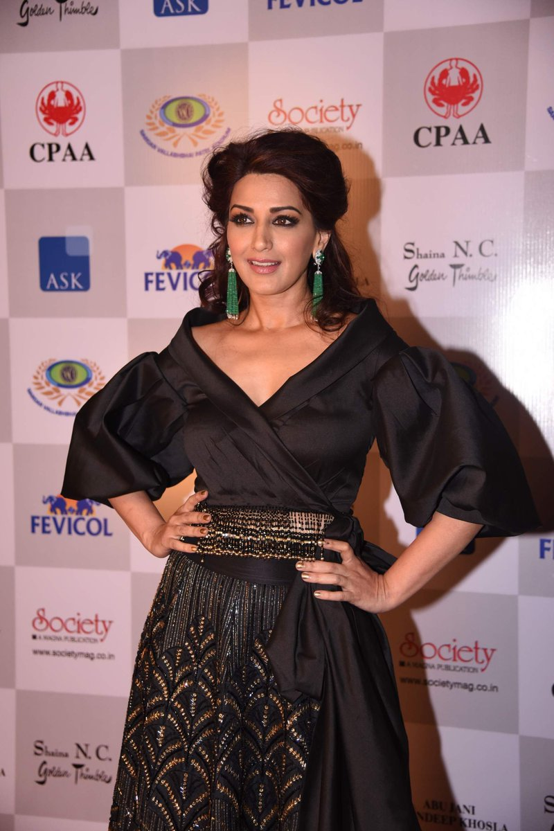 Actress SonaliBendre Latest HD Images
