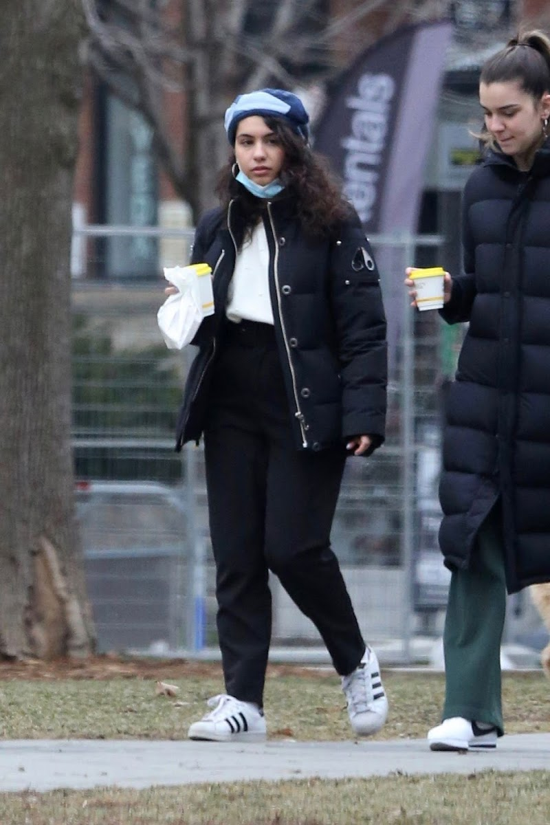 Alessia Cara Clicked outside in Toronto 1 Jan-2021