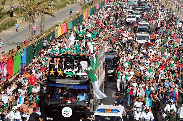 صور المنتحب الوطني الجزائري pictures team national algerian