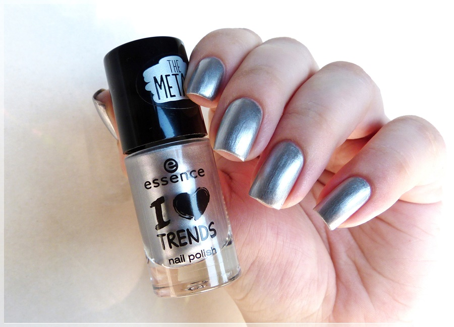 essence steel the world nail polish