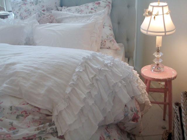 cabin cottage final episode rachel 39 s shabby chic couture. Black Bedroom Furniture Sets. Home Design Ideas