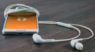 Control kare earphone se music