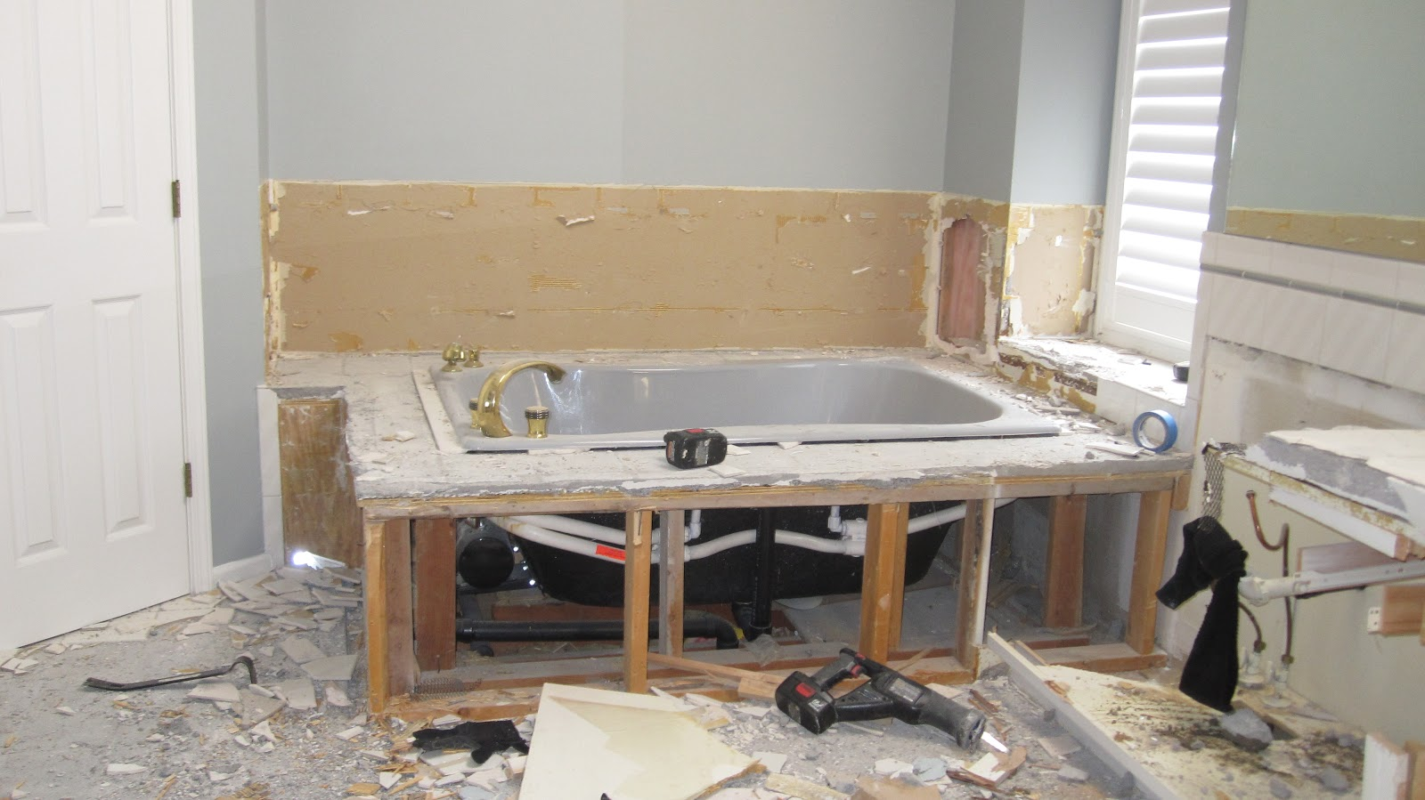How To Create A Mortar Bed For Bathtub Installation Images
