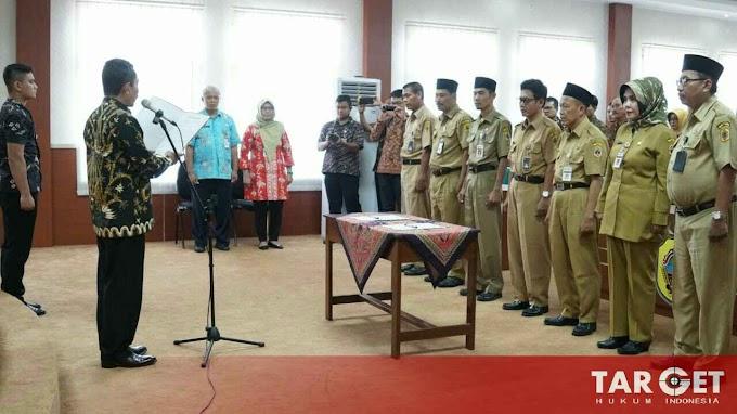 Bupati Haryanto Kukuhkan Tujuh Kepala Sekolah