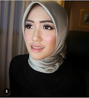 MUA makeup wisuda sidoarjo ziamakeup