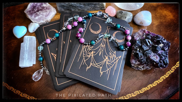 Divination reading using the Threads of Fate Oracle