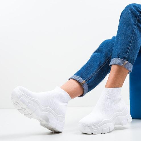 Adidasi dama inalti albi din material textil