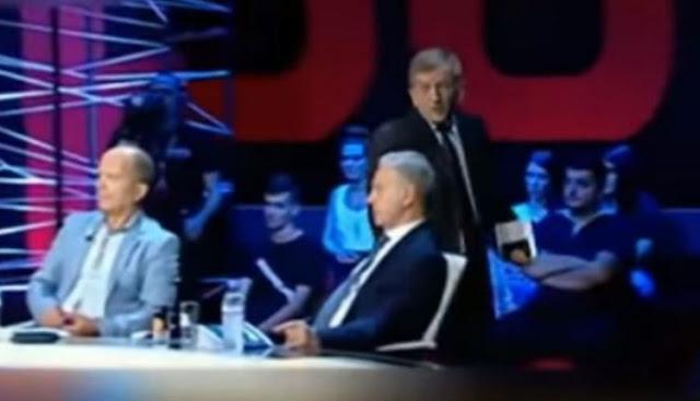 «Ξύλο» σε Αλβανική εκπομπή: «Ξέρεις πόσους Αλβανούς σκότωσε ο Κολοκοτρώνης;»- Πως Ελληνας καθηγητής τους έβαλε στη θέση τους BINTEO