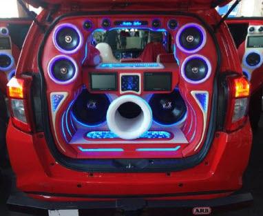 Memilih Audio Yang Nyaman Untuk Mobil Jozz