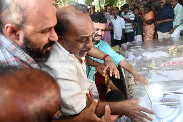 Kerala family wiped out in Nepal resort tragedy, Thiruvananthapuram, News, Trending, Accidental Death, Medical College, Dead Body, Children, Parents, Natives, Ambulance, Kerala