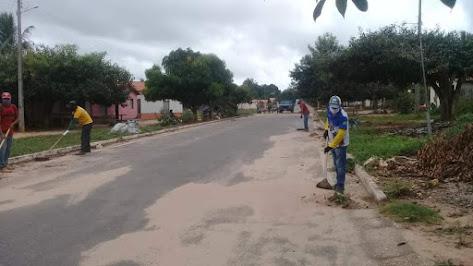 O trabalho não para em Buritirana, equipes de limpeza está hoje na comunidade Padre Josimo!!!