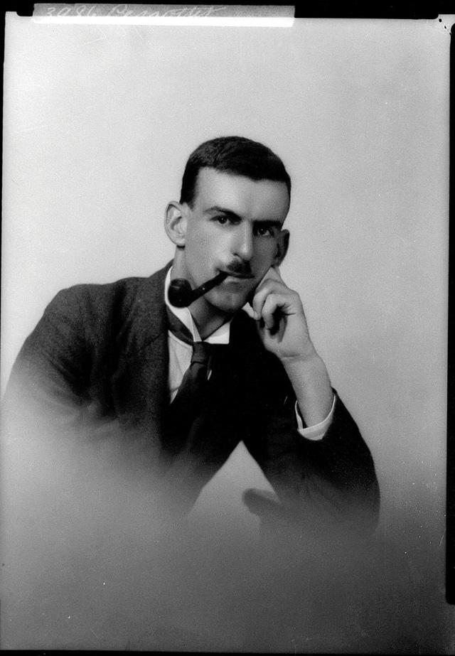2392dbaa5c 24 Handsome Portrait Photos of Australian Young Men in the 1920s ~ vintage  everyday