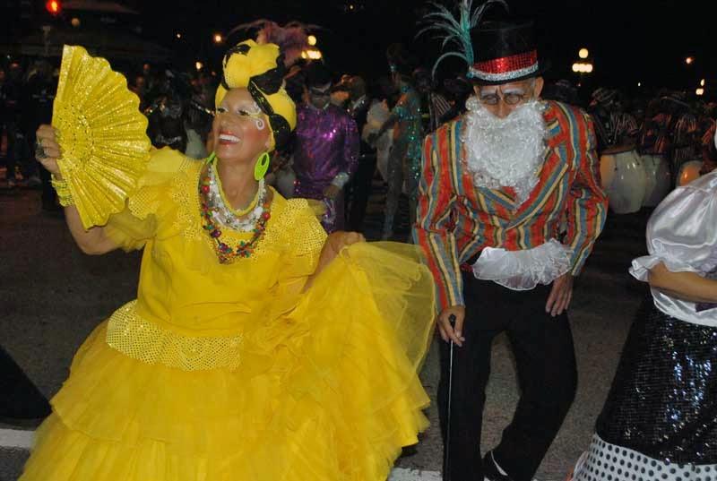Desfile Inaugural del Carnaval. Tronar de Tambores.