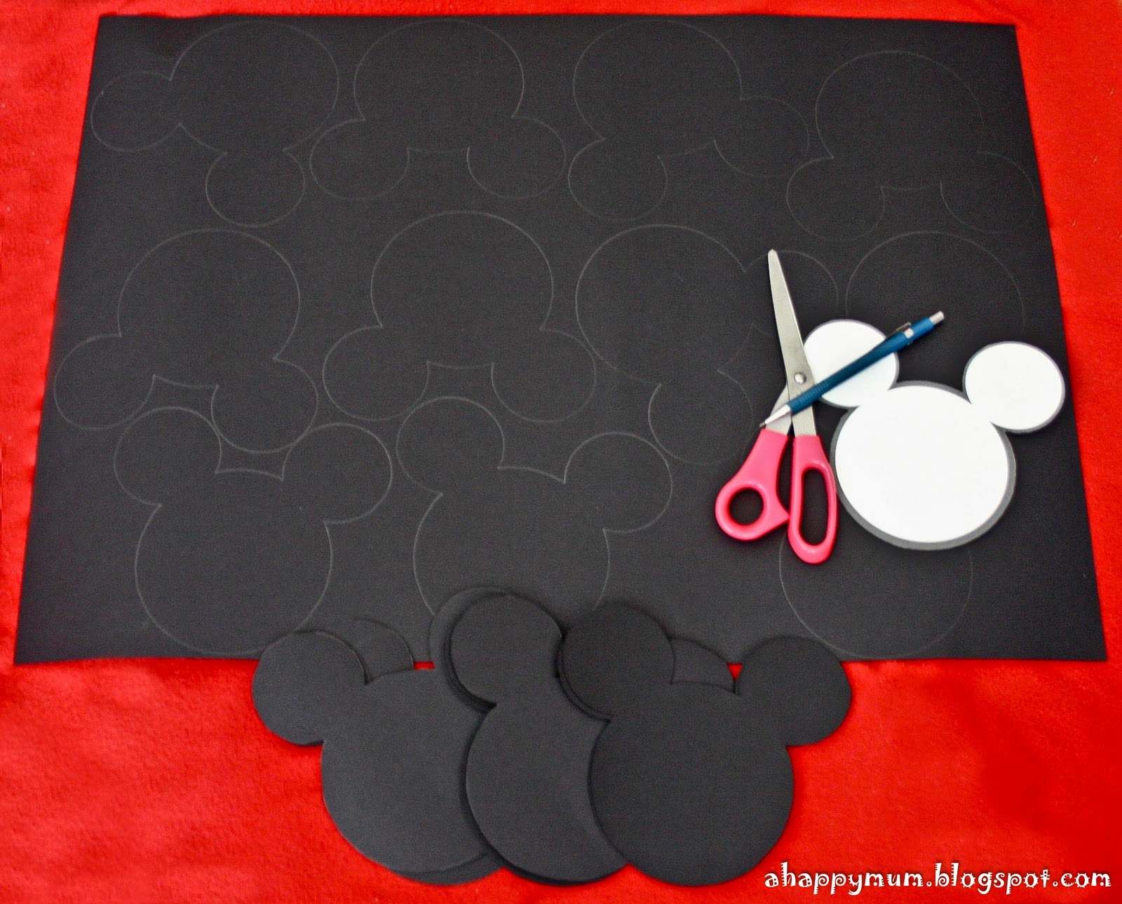 minnie mouse cake template free - a happy mum singapore parenting blog