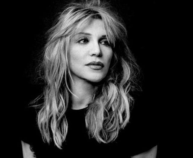 Courtney Love Membunuh Kurt Cobain