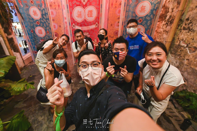 Together with friends from Team Kwai Chai Hong and all the awesome visual content creators #TCSelfie Kwai Chai Hong 鬼仔巷 Everlasting Beauty 万寿无疆 | 2021 CNY Decoration