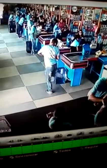 Brazilian shopper caught performing stunning skill in supermarket