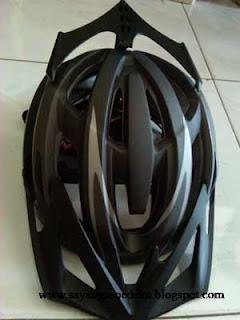 Jual Aksesoris, Perlengkapan dan Peralatan Bersepeda: Helm