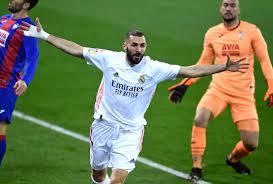 Benzema agranda más su figura en el Real Madrid