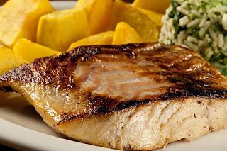 Mangue Seco oferece prato leve como opção para quem não vai de feijoada