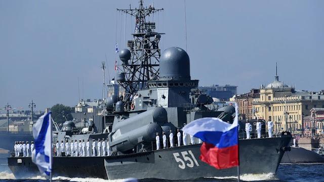 """El régimen de Maduro firmó otro acuerdo militar con Rusia que permitirá """"visitas mutuas"""" de buques de guerra"""