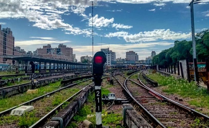 Estación Federico Lacroze: vías