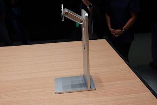 stand apple seharga 14 juta