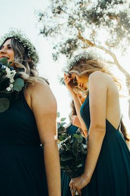 wianek - Ozdoby ślubne do włosów - dlaczego nie wianek zamiast welonu?