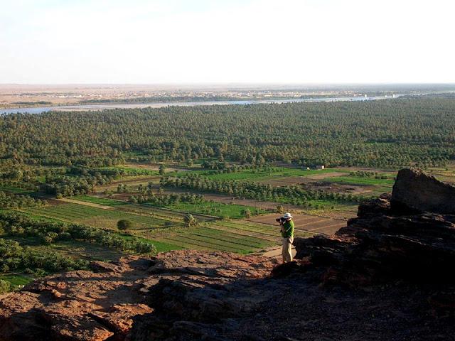 سائح يصور طبيعة السودان