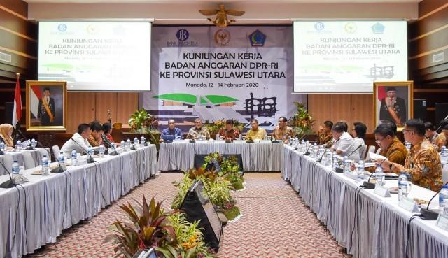 Perkuat Ekonomi Sulut, Wakil Ketua Banggar DPR Sarankan Gubernur Cari Terobosan Baru