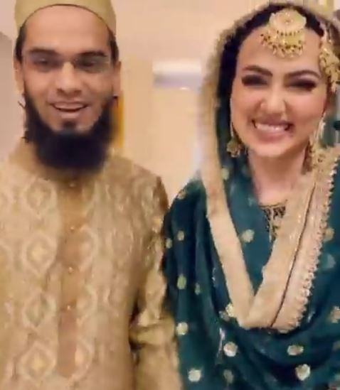Celebrity Gossips: Sana Khan exposes on husband Anas Saiyad, reveals we first met in 2017 in Mecca