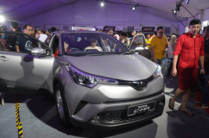 Toyota C-HR 2017 di Toyota Gazoo Racing Malaysia, Batu Kawan, Penang