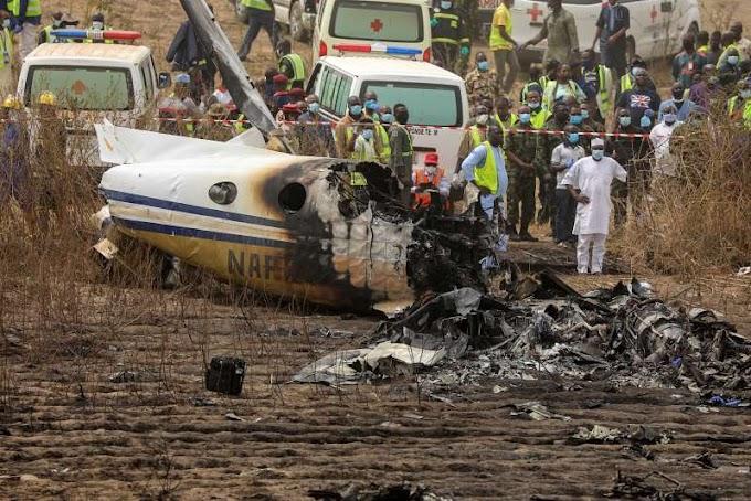 Nigerian air force passenger plane crash kills seven people