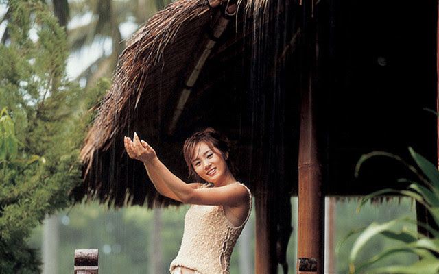 Sweet Holiday In Lombok - Lee Soo Young