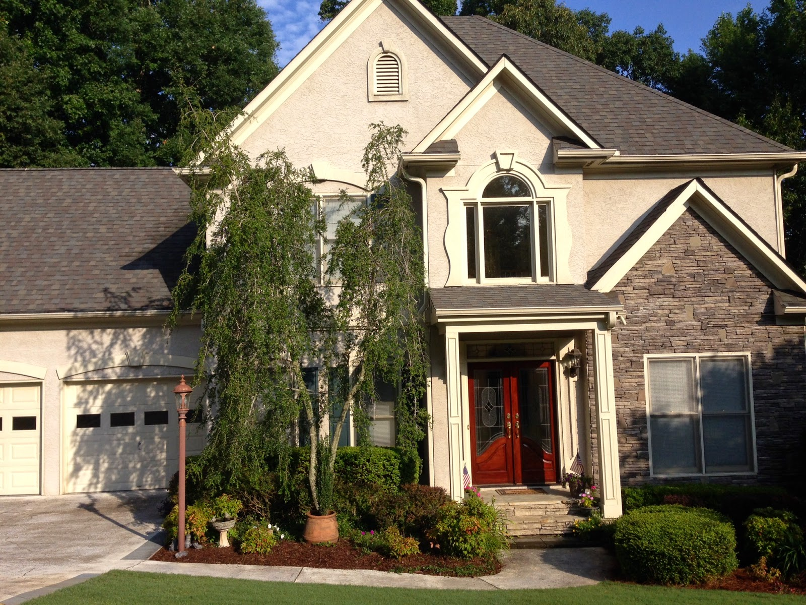 Sherwin williams basket beige exterior - Here Is My Question Can You Suggest A Sherwin Williams Color Or Colors You Would Use To Make The House Look Better And Tie In The Stone Front Door And