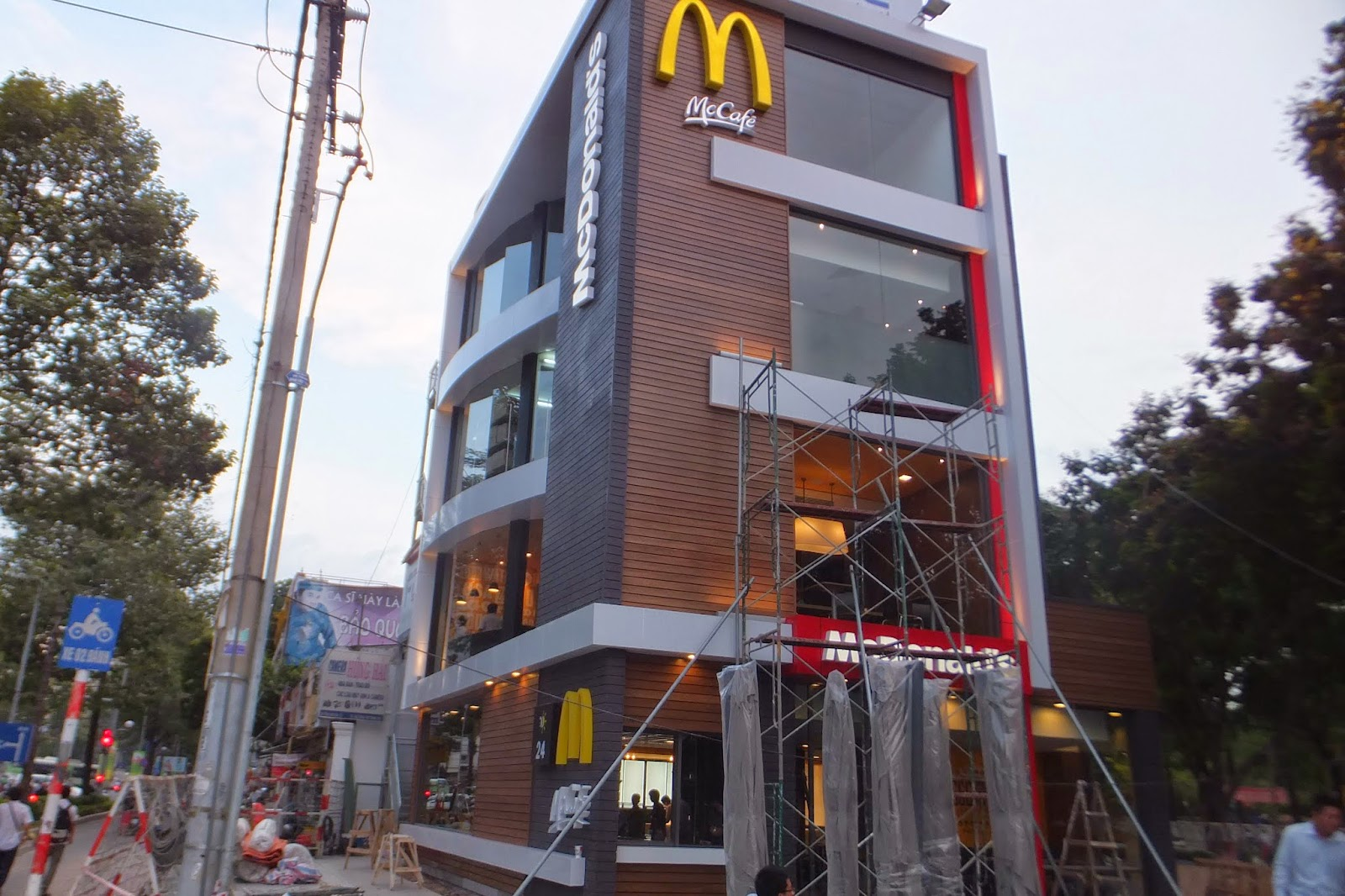 mcdonalds-vietnam-hcmc