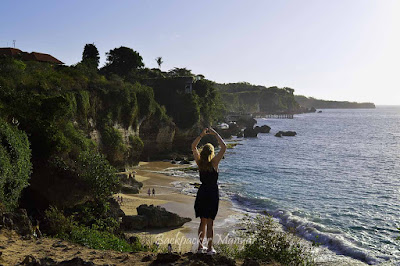Pesona Pantai Tegal Wangi dinikmati dari atas - Backpacker Manyar