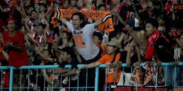 Soal Jumlah Penonton, Persija Kalahkan Persib dan Arema FC