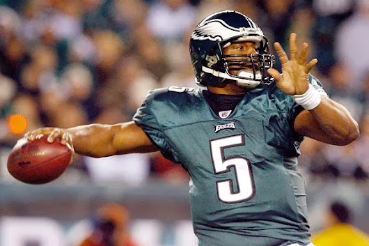 Eagles withdraws number in honor of Donovan Mcnabb