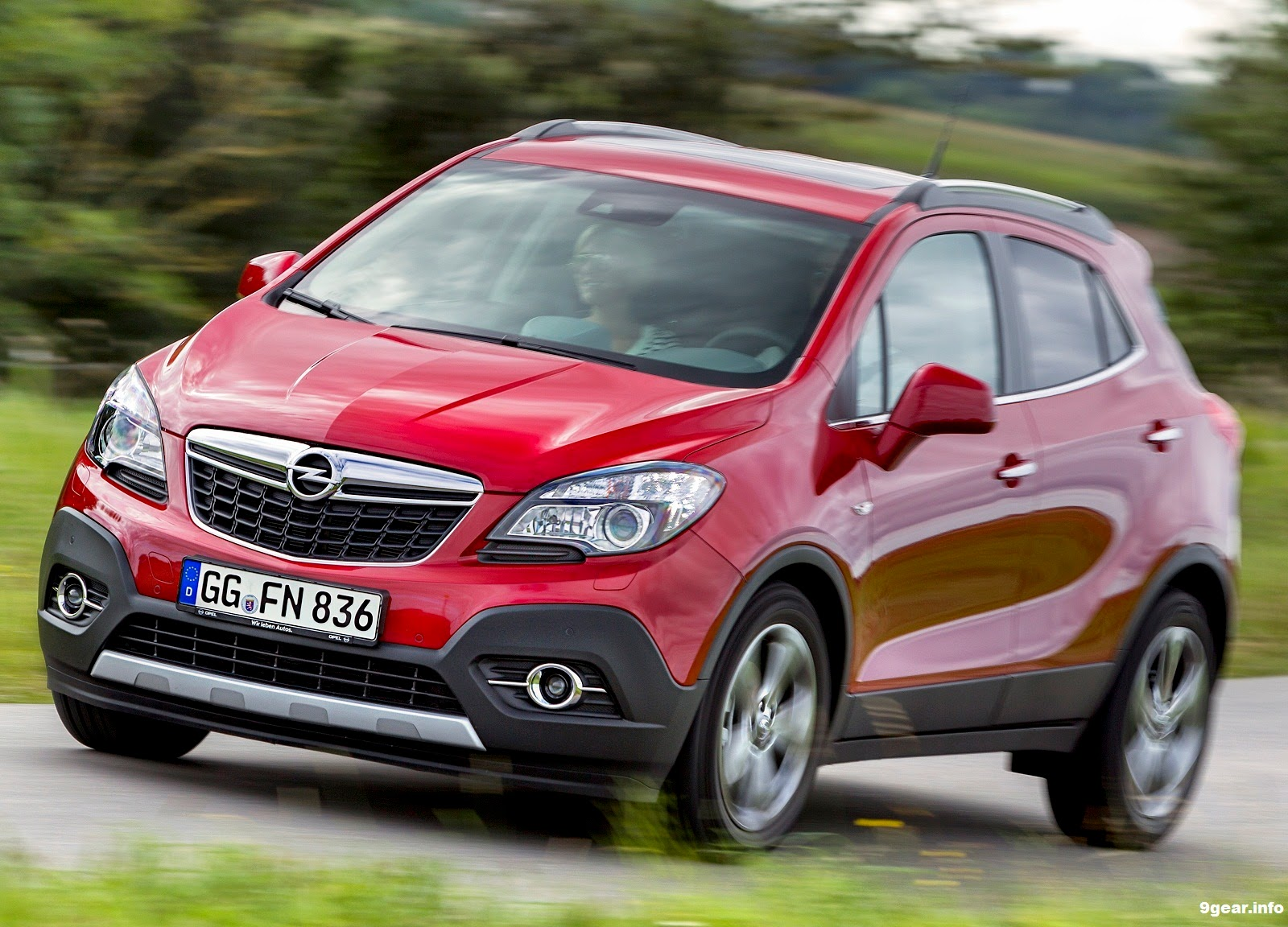 2015 opel mokka compact in size big in attitude car reviews new car pictures for 2018 2019. Black Bedroom Furniture Sets. Home Design Ideas