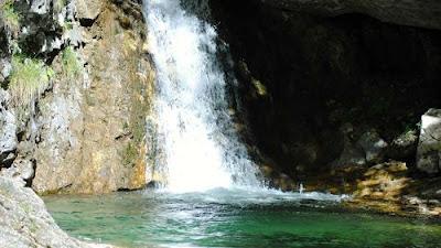 Trekking alla Cascata del Cenghen - Abbadia lariana Lecco