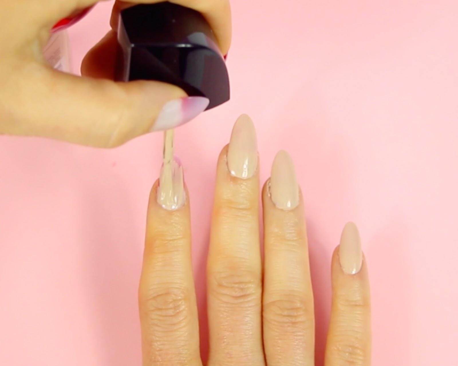 fb35bf65d3e VIDEO  DIY Easy Red Bottom Nails Hack (cheap Louboutin manicure nail ...