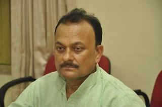 #JaunpurLive : कार्यरत शिक्षकों के साथ दोयम दर्जे का व्यवहार बंद हो:रमेश सिंह