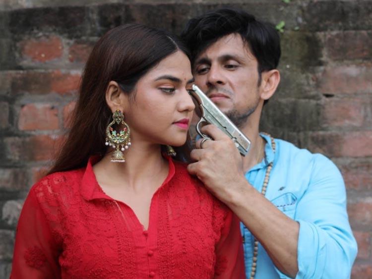 Ravi Sudha Choudhary and Aparna Mallick